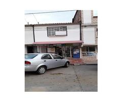 Venta De Casa Con Local En El Barrio Mutis - Santander