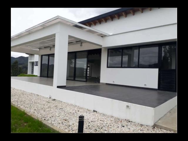 Venta De Hermosa Casa En Hacienda El Capiro La Ceja