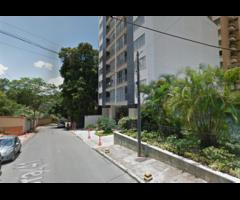 Venta de Apartamento Ubicado en Cabecera edificio Simoneta