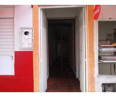 Se vende casa excelente ubicación en el centro de Bucaramanga, 240 mts2, con 3 locales comerciales