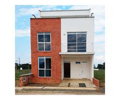 Venta de Casa 3 niveles a 5 minutos del Hospital Piloto de Jamundi