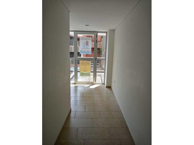Venta de Local Comercial Duplex en Lauleres San Juan