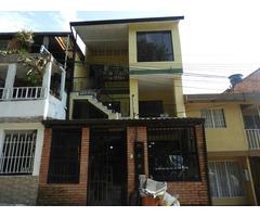 Venta de casa amplia en el Carmen Quinta Etapa 3 pisos Independientes