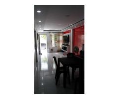 Casa en venta, con estructura para construir hasta 4 pisos Villa Grande de Indias