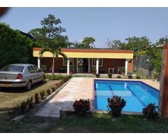 Se Vende Casa Campestre en La Zona Urbana de Sopetran con piscina