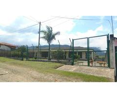 Venta de casa con lote en Dagua, Valle del Cauca