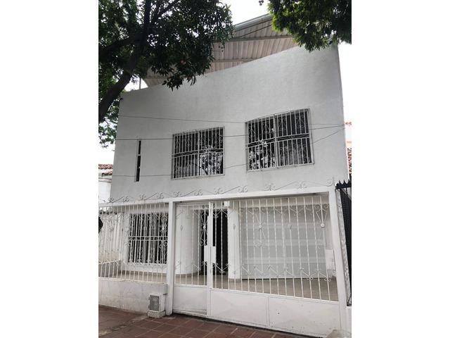 Venta de Casa de 3 pisos en Cali en Tequendama