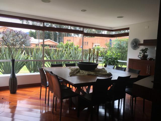 Vendo espectacular casa Conjunto Cerrado en Hacienda San Sebastián Guaymaral