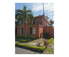 Venta de Hermosa casa en El Castillo Pradera 3