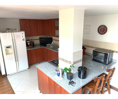 Se vende apartamento Laureles 150 mts con patio