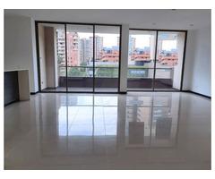 Venta de Apartamento en Medellín en el sector de Lalinde 2