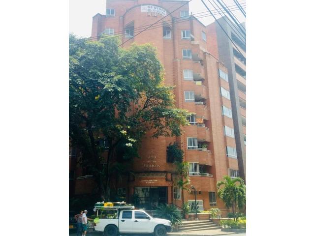 Venta de Apartamento cerca al segundo parque de Laureles