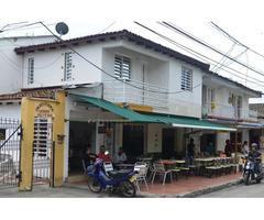 Gran Oportunidad de inversión, Casa en condominio mas 3 locales