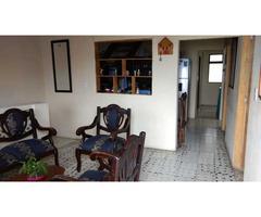 Se vende casa, segundo piso Barrio Las Palmas a 15 minutos del éxito San Antonio