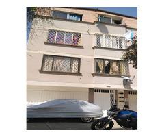 Vendo DIRECTAMENTE apartamento Duplex, excelente ubicacion el barrio Mutis