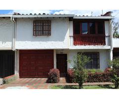 Venta de vivienda en Medellin en Malibu exclusivo y seguro sector residencial