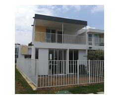Venta de hermosa casa en Condominio Acacias del Castillo vía a Jamundi