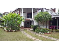 Venta de hermosa Casa Campestre en Floridablanca via Piedecuesta, frente a Balcones de Ruitoque
