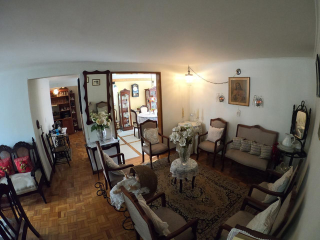 OPORTUNIDAD! Amplio Apartamento parte baja barrio Conquistadores - 124 mts2