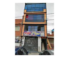 Gran oportunidad de inversión Barrio Roma-Kennedy, casa de 4 pisos