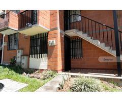 Venta de agradable casa en Bello, barrio Serramonte