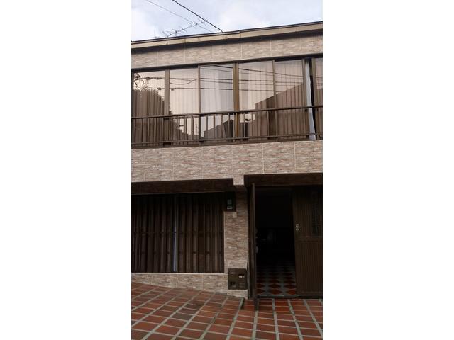 Venta de Hermosa Casa en el Barrio Campo Hermoso