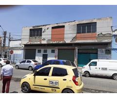 Vendo Bodega ubicada en sitio estratégico de Cali sector del Porvenir frente de la plaza de mercado