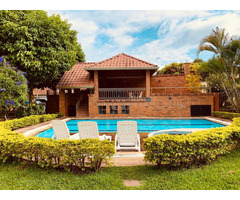 Venta de hermosa casa en Lagos del Cacique