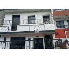 Venta de Casa en Medellin en Andalucia La Francia segundo piso