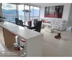 Venta de lindo Apartamento en Unidad Completa