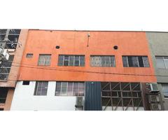 Venta de Bodega Excelente para Inversionistas  en el Barrio Colombia -  Medellin