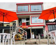 Venta de Casa Central con Local Comercial - Pereira