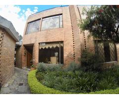 Rah código 19-41 Casa en Venta en San Patricio Bogota