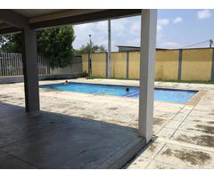 PORTAL DE SANTILLANA Piedecuesta, hermosa casa de tres pisos conjunto cerrado con piscina y parquead