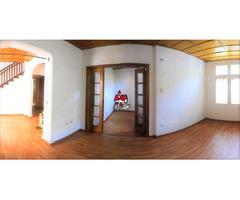 Rah código 19-112: Local Comercial en Venta en Quinta Camacho Bogota