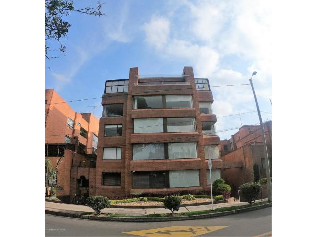 Rah código 19-809: Apartamento en Venta en San Patricio Bogota
