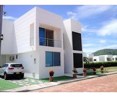 Rah código 19-980: Casa en Venta en El Penon Girardot