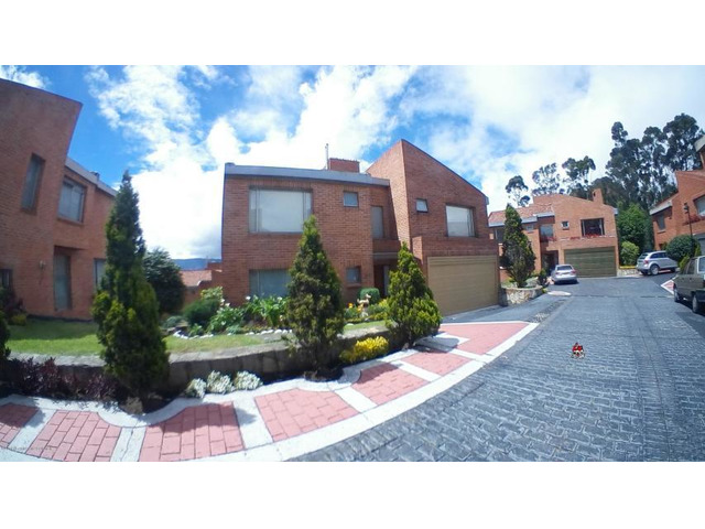 Rah código 19-1066: Casa en Venta en Cerros de Suba Bogota