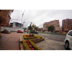 Rah código 19-1074: Local Comercial en Venta en Santa Barbara Occidental Bogota