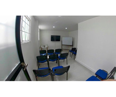 Rah código 19-1089 Oficina en Arriendo en La Castellana Bogota