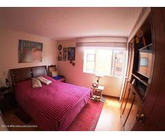 Rah código 19-1104: Apartamento en Venta en Cedritos Bogota