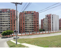 Hermoso apartamento en Conjunto Torres de Montreal